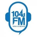 Logo da emissora Rádio Sociedade 104.1 FM