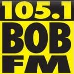 Logo da emissora KOMG 105.1 FM
