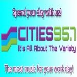 Logo da emissora KKSR 95.7 FM
