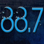 Logo da emissora KWBB 105.5 FM