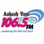 Logo da emissora Radio Aakash Vani 106.5 FM
