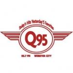 Logo da emissora KQWC 95.7 FM