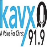 Logo da emissora KAVX 91.9 FM