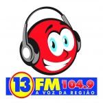 Logo da emissora Rádio 13 FM 104.9 FM