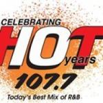 Logo da emissora WUHT 107.7 FM Hot 107.7