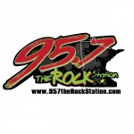 Logo da emissora KMKO 95.7 FM The Rock Station
