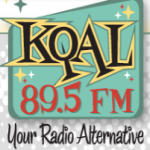 Logo da emissora KQAL 89.5 FM