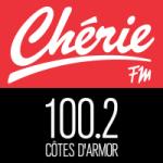 Logo da emissora Chérie FM Côtes-d'Armor 100.2 FM