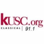 Logo da emissora Radio KUSC 91.1 FM