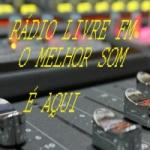 Logo da emissora Rádio Louvando a Deus