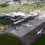 Logo da emissora Aeroporto Internacional de Curitiba SBCT Setor-6 132.8