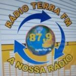 Logo da emissora R�dio Terra 87.9 FM