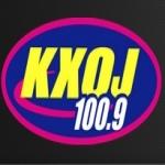 Logo da emissora KXOJ 100.9 FM