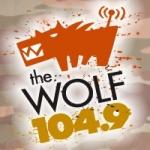 Logo da emissora Radio CFWF The Wolf 104.9 FM