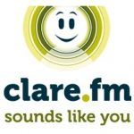 Logo da emissora Clare 96.4 FM