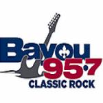 Logo da emissora Radio WKBU Bayou 95.7 FM