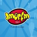 Logo da emissora Rádio Amor 104.9 FM