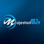 Logo da emissora Radio Majestad 105.7 FM