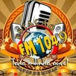 Logo da emissora Rádio Estação 104 FM