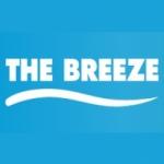 Logo da emissora Radio The Breeze 94.5 FM