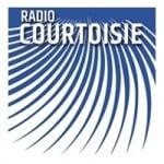 Logo da emissora Courtoisie 95.6 FM
