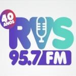 Logo da emissora Rádio RVS 95.7 FM