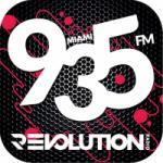 Logo da emissora Radio Revolution 93.5 FM