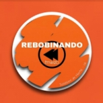 Logo da emissora Rádio Rebobinando FM
