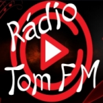 Logo da emissora Rádio Tom FM