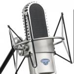 Logo da emissora Rádio Libertador FM