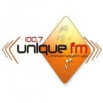 Logo da emissora Radio Unique 100.7 FM