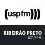Logo da emissora Rádio USP 107.9 FM