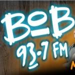 Logo da emissora KZTQ 93.7 FM