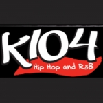 Logo da emissora KKDA 104.1 FM