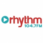 Logo da emissora Radio CIUR Rhythm 104.7 FM