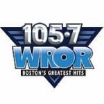 Logo da emissora Radio WROR 105.7 FM