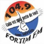 Logo da emissora Rádio Fortim 104.9 FM