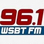 Logo da emissora Radio WSBT News 96.1 FM
