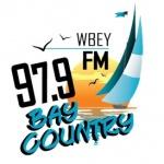 Logo da emissora Radio WBEY Bay Country 97.9 FM