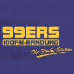 Logo da emissora 99ers Bandung 100 FM