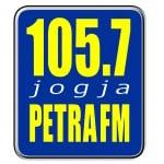 Logo da emissora Petra 105.7 FM