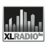 Logo da emissora KXPW 106.7 FM