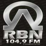 Logo da emissora Rádio RBN 104.9 FM