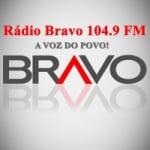 Logo da emissora Rádio Bravo 104.9 FM