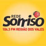 Logo da emissora Rádio Sorriso 104.3 FM