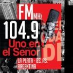 Logo da emissora Radio Uno En El Señor 104.9 FM