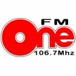 Logo da emissora Radio One 106.7 FM
