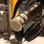 Logo da emissora La Poderosa Radio Online Popular