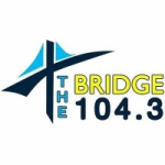 Logo da emissora Radio KEZP The Bridge 104.3 FM