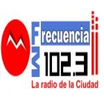 Logo da emissora Radio De La Ciudad 102.3 FM
